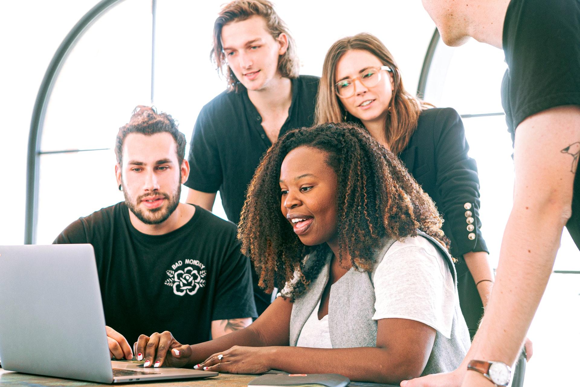 Unternehmen engagiert kurzfristig Freelancer
