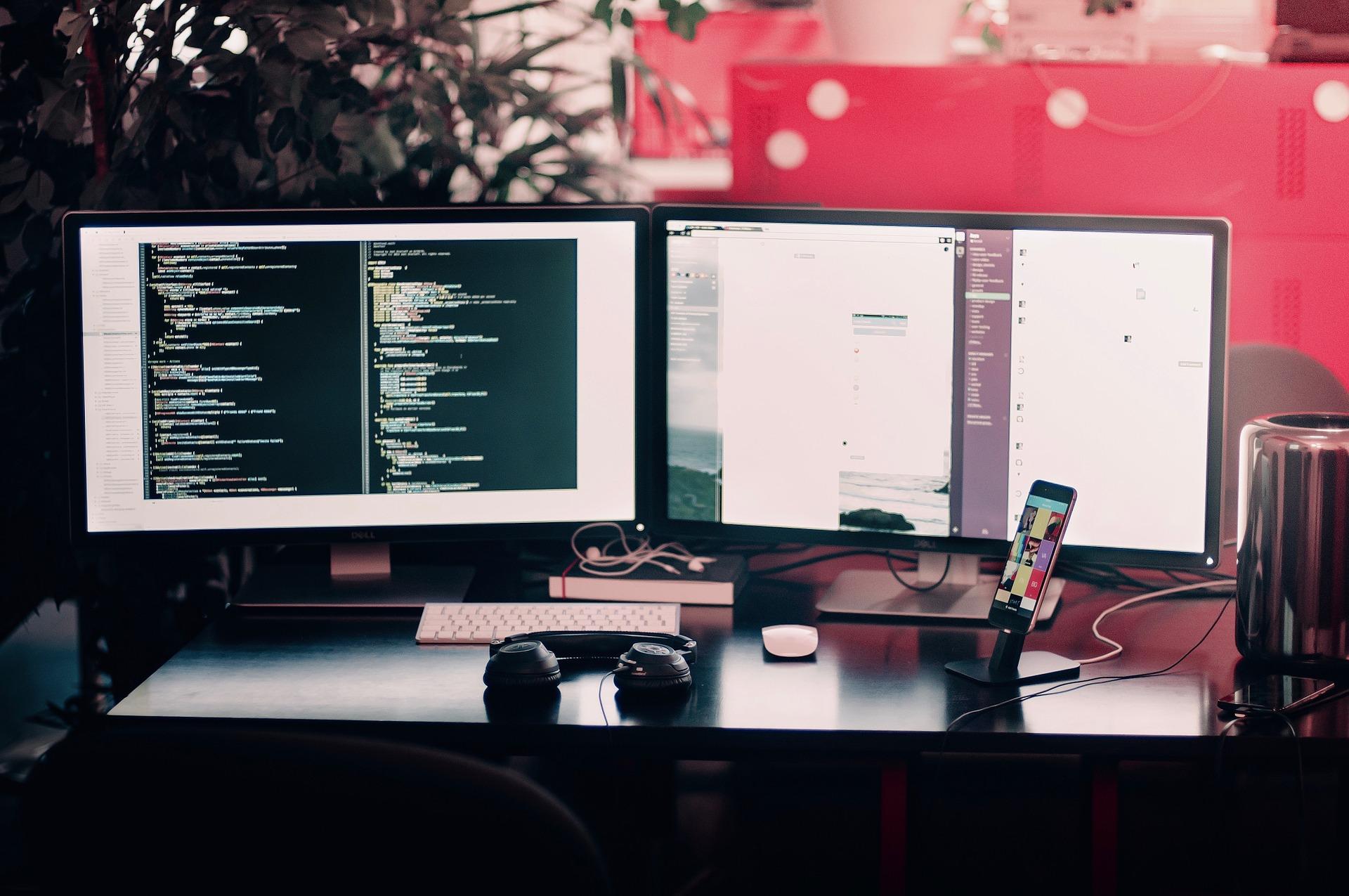 arbeitsplatz eines kryptologen