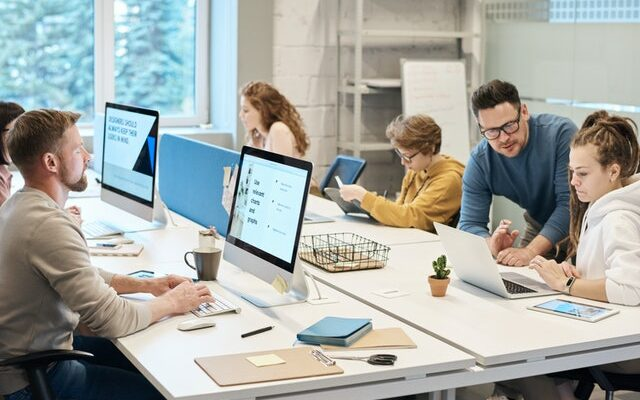 Digitalisierung verändert die Arbeit und bringt agile Methoden